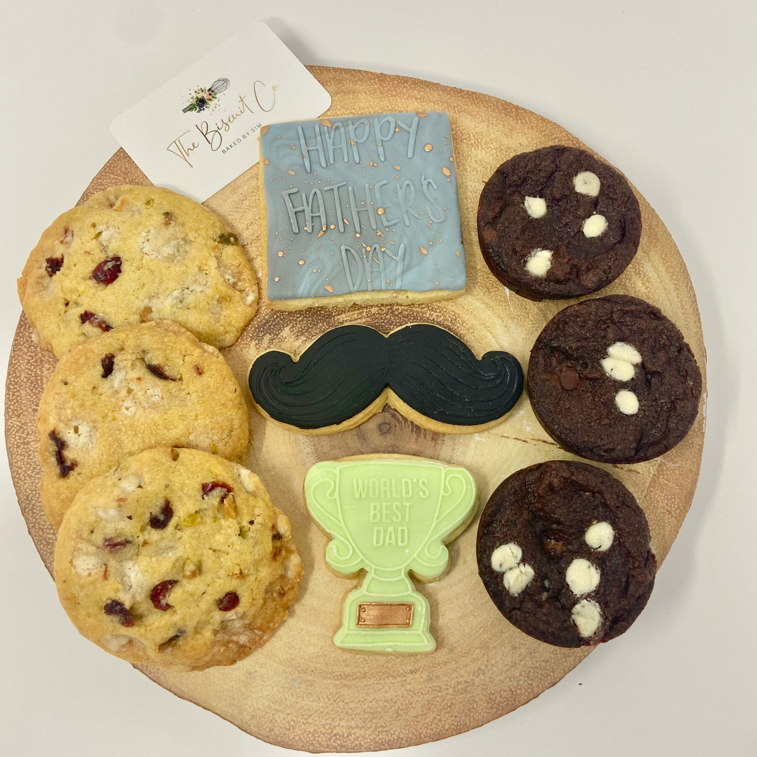 a gift for Father's Day biscuits
